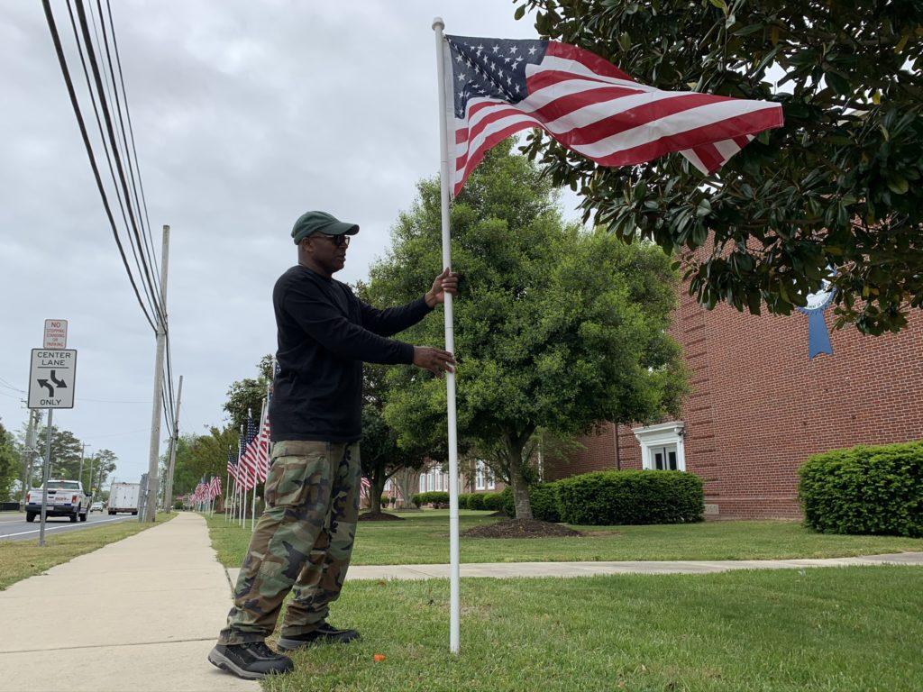 Veteran flag heroes